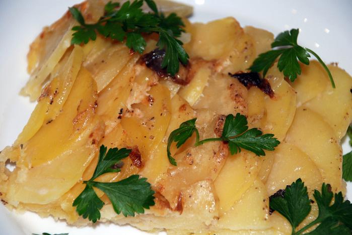 Чешуйки из запеченого картофеля